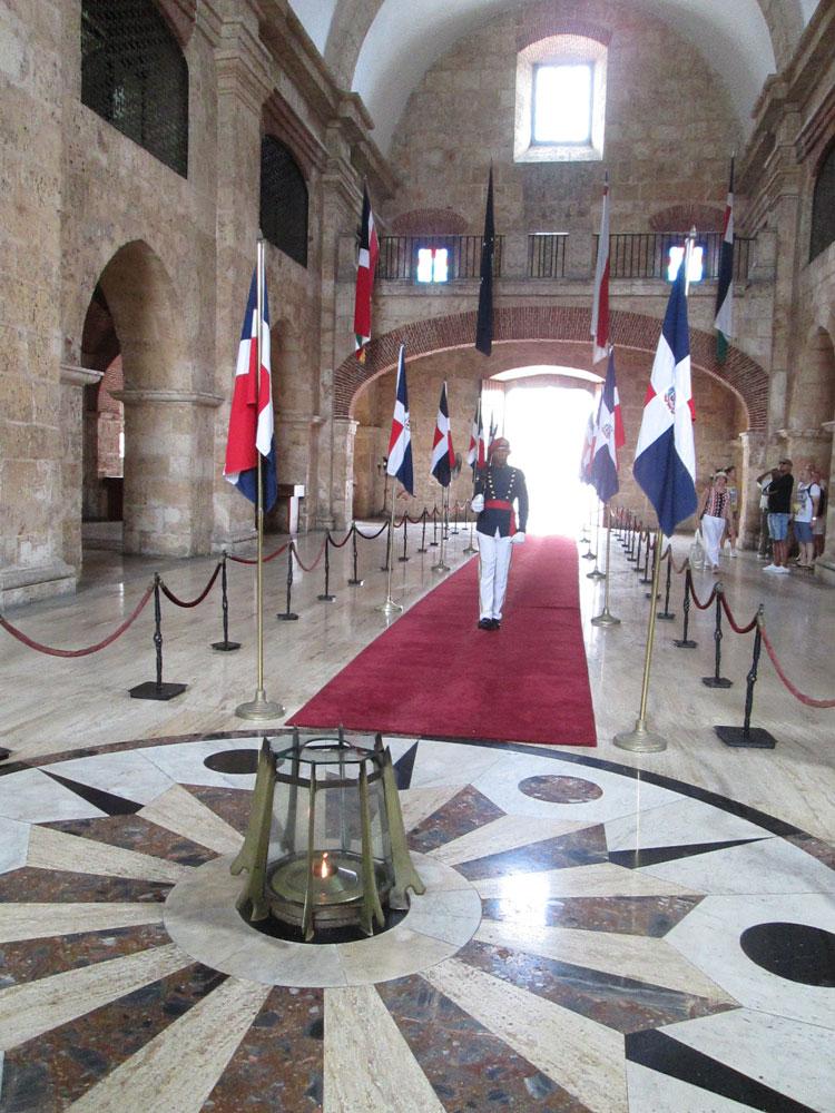 Panteón Nacional Eternal Flame